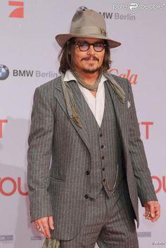 Johnny Depp People | Johnny Depp bientôt au générique de Rango , en salles le 23 mars ...