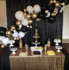graduation backdrop Awe-Inspiring Graduation Party ideas and inspirations for your 2019 Graduate - Hike n Dip Graduation Desserts, Graduation Party Centerpieces, Graduation Party Planning, Birthday Balloon Decorations, Graduation Celebration, Graduation Decorations, Graduation Ideas, Ideas For Graduation Party, Gold Party Decorations