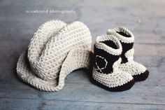 SERIOUSLY? How cute is this? In pink, I'd die!  The Western  Set- Cowboy Baby Booties and Plain Hat. $32.95, via Etsy.