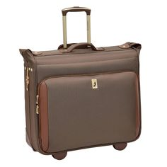 Maximize your packing space with this London Fog Kensington wheeled garment bag. Vacation Packing Checklist, Garment Bags, London, Family Vacations, Rust, London England, Family Travel