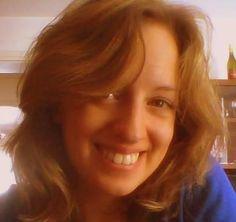 Mi chiamo Ayelen D'Odorico, ho 24 anni e vivo a Venzone un piccolo paese del Friuli Venezia Giulia in provincia di Udine.   Mi sono laureata da qualche mese in Traduzione e oltre alla passione delle lingue, ho sempre amato la natura e tutto ciò che la riguarda.   I prodotti Umica rispettano la natura e soprattutto non sono testati sugli animali, fattore per me fondamentale.  - Visita il mio sito per tutte le informazioni su #Umica! -  http://www.infobellezza.com/AyelenDodorico