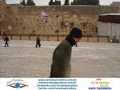 No inverno chega a nevar em Jerusalem. E o Kotel (Muro das Lamentações) em Jerusalem fica ainda mais bonito.
