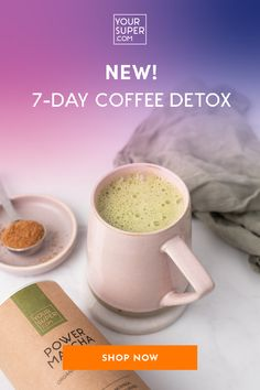 Stop wasting money on expensive (and unhealthy!) coffee house drinks & start making your own healthy lattes at home. You only need 5 minutes and 2 ingredients! Matcha Latte Recipe, Pumpkin Spiced Latte Recipe, Pumpkin Spice Latte, Protein Smoothie Recipes, Breakfast Smoothie Recipes, Coffee Detox, Green Diet, Healthy Morning Routine, Plant Based Milk