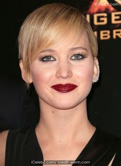 Jennifer Lawrence 'The Hunger Games: Catching Fire' Paris premiere http://www.icelebz.com/events/_the_hunger_games_catching_fire_paris_premiere/