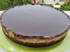 Γλυκάκι+με+μπισκοτένια+βάση,κρέμα+καρύδα+και+επικάλυψη+σοκολάτας