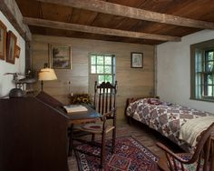 FARMHOUSE – INTERIOR – vintage early american decor is perfect for a farmhouse room like the william farley house.