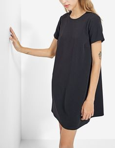 At Stradivarius you'll find 1 Short sleeved dress for just 3995 Hungary . Visit now to discover this and more All.