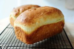 The bread cake of my grandmother - Tested and approved (good mix between a brioche and bread) . Cooking Bread, Bread Baking, My Favorite Food, Favorite Recipes, Bread Cake, Breakfast Bake, Bakery, Food And Drink, Treats