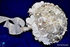 Blue Petyl - Floral Brooch Bouquet 2