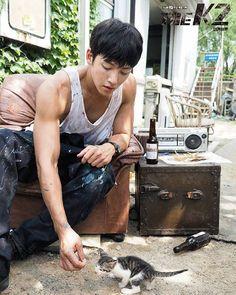 The jichangwook. So cute combination - cute ji chang wook + cute kitten 🤩🥰 Asian Actors, Korean Actors, Korean Dramas, The K2 Korean Drama, Jong Hyuk, Ji Chang Wook Healer, Ji Chan Wook, Saranghae, Moorim School