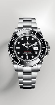 For the 50th anniversary of the Sea-Dweller, Rolex is introducing the latest generation of this legendary divers' watch featuring a larger, 43 mm case and the new-generation calibre 3235, at the forefront of watchmaking technology. To enhance the reading of the date, it is equipped, also for the first time, with a Cyclops lens on the crystal at 3 o'clock. The dial bears the name Sea-Dweller in red, a reference to the first model.