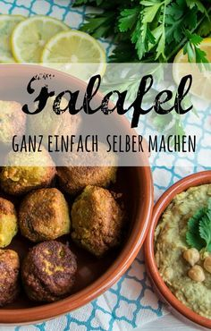 Make falafel yourself-Falafel selber machen You can easily make falafel, humus and tahini yourself. Recipes from PASSENGER X Recipe Falafel Rezeot Humus Recipe Tahini recipe do it Yourself vegetarian - Healthy Crockpot Recipes, Veggie Recipes, How To Make Falafel, International Recipes, Healthy Drinks, Food Inspiration, Food Processor Recipes, Couscous, Food To Make