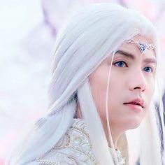 Gorgeous prince shi