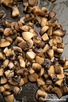 mamaliga-cu-spanac-si-ciuperci-2 Black Eyed Peas, Stuffed Mushrooms, Beans, Vegetables, Food, Stuff Mushrooms, Essen, Vegetable Recipes, Meals