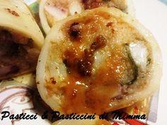 Da: Pasticci & Pasticcini di Mimma Morana Un secondo con il gusto del pesce fresco , calamari e gamberi, arricchito dai profumi mediterranei e completa