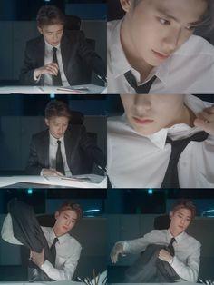 There ain't no more jaehyun stans cuz they all died w this Kim Jung, Jung Yoon, Jaehyun Nct, Park Ji Sung, Jung Jaehyun, Kpop, Winwin, Taeyong, Boyfriend Material