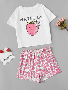 To find out about the Girls Strawberry Print Tee & Shorts Pj Set at SHEIN, part of our latest Girls Loungewear ready to shop online today! Cute Pajama Sets, Cute Pjs, Cute Pajamas, Pj Sets, Pajama Outfits, Lazy Outfits, Girl Outfits, Cute Outfits, Girls Pjs