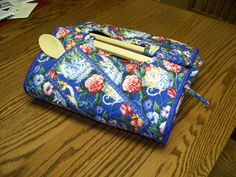 Free Casserole Carrier Pattern | Casserole carrier - Quilt With Us