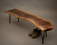 Live Edge Furniture, Walnut Furniture, Log Furniture, Furniture Ideas, Raw Wood, Walnut Wood, Pecan Wood, Into The Woods, Rustic Bench