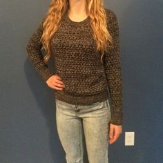 Grey Victoria Secret Sweater Has only been worn a few times the sweater is pretty thick but it fits nicely. Victoria's Secret Sweaters Crew & Scoop Necks