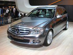 CHCI AUTO: Automobily na hybridní pohon analýza, trendy a pro...