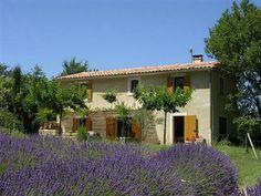 Vakantiewoning Zuid Frankrijk | Vaucluse | Prachtige vrijstaande vakantiewoning met uitzicht over lavendelvelden.