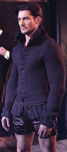 Sweater time on the runway w David Gandy