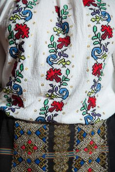 Special embroidered details. #florideie #fashion #style #designer #romaniandesign #flowers #traditional #unique #special #colorful #romania #details Vibrant Colors, Colours, End Of Summer, Vera Bradley Backpack, New Outfits, Traditional, Unique, Collection, Design
