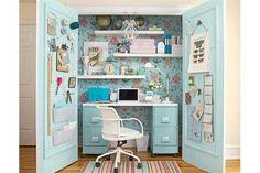 Closet office: armá una oficina en el placard de tu casa Con creatividad podés armar una oficina divina en un placard de tu casa.