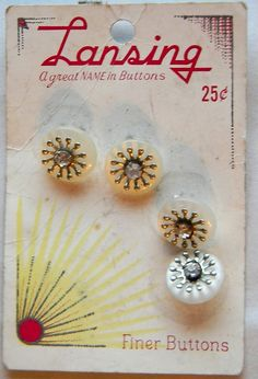 ButtonArtMuseum.com - Lot Vintage Sewing Buttons on Cards Lucky Day ABC Baby Bone Pearl MOP American