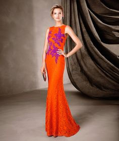 CANELA vestido longo de renda Pronovias