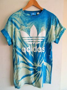 Vintage acid wash tie dye adidas originals retro rave by MyTyeDie Lazy Day Outfits, Casual Outfits, Summer Outfits, Cute Outfits, Tie Dye Shirts, Tee Shirts, Addidas Shirts, Adidas Outfit, Adidas Shoes