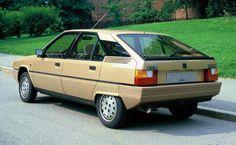 Citroen Ds, Cute Cars, Retro Cars, Amazing Cars, Classic Cars, Automobile, The Past, Trucks, Image
