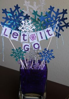 Frozen Themed Centerpiece, Frozen Birthday, Frozen Decorations, Let It Go Decorations, Snowflake decorations on Etsy, $15.00