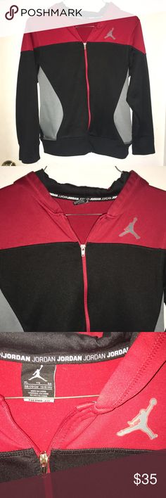 NIKE JORDAN Therma-Fit Hoodie Michael Air Jump Man NIKE JORDAN Therma-Fit Hoodie Size XL 13-15 yrs. There is a tiny snag on the back, not noticeable unless you really look & unable to capture on camera. The zipper shows some discoloration, Otherwise it is in Excellent Like New Condition. Deep Pockets. Fleece inside for warmth. Please see pictures for details & let me know if you have any questions! Don't forget to look at my other items! Bundle & $ave 💕 Nike Shirts & Tops Sweatshirts…