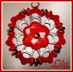 Arti Lila: Collana in fiore cera rossa