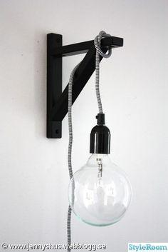 lampsladd lampa pyssel stor glödlampa hall svart vitt,glödlampa