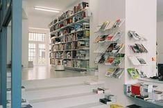 Pro qm Bookshop - hipshops in Berlin