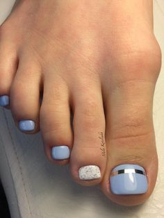 Semi-permanent varnish, false nails, patches: which manicure to choose? - My Nails Cute Toe Nails, Toe Nail Art, Pretty Nails, Fabulous Nails, Perfect Nails, Hair And Nails, My Nails, Dream Nails, Healthy Nails