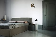 Bedroom inspiration: designer beds to make a statement: Ivano Redaelli 'Costanza' bed from Hub. Contract Furniture, Bed Furniture, Furniture Design, Interior Architecture, Interior Design, Bed Base, Furniture Manufacturers, How To Make Bed, Bed Design