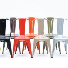 Chaise A Laque design Gris Ral 7016 chaise Tolix Xavier Pauchard Dining Room Bar, Metal Dining Chairs, Dining Room Design, Kitchen Chairs, Kitchen Nightmares, Contract Furniture, Cafe Chairs, Room Chairs, Colorful Chairs