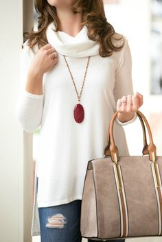 The Payton Top in Ivory – Jenny Boston Boutique