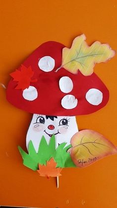 Kids Autumn Paper Crafts Mushroom Fly … – Autumn beginningofFallCraftsforKids bestFallCraftsforKids cheapFallCraftsforKids christianFallCraftsforKid… - New Deko Sites Fall Paper Crafts, Autumn Crafts, Fall Crafts For Kids, Autumn Art, Thanksgiving Crafts, Diy For Kids, Paper Crafting, Kids Crafts, Diy And Crafts