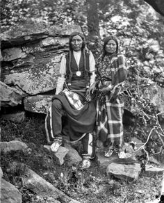 Yellow Bear and wife (Arapaho) Indian Territory, 1875 Source: California Digital Archive, George W. Ingalls