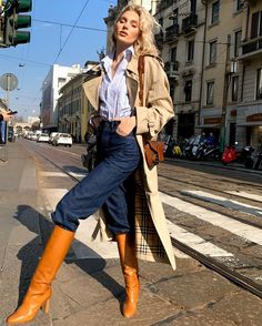 Elsa Hosk - Beige Chelsea Long Cotton-Gabardine Trench Coat - Burberry – The Nines Winter Dress Outfits, Casual Dress Outfits, Cute Outfits, Fashion Outfits, Summer Outfits, Trench Coat Outfit, Burberry Trench Coat, Elsa Hosk, Victoria Secret Fashion Show
