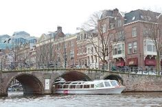 Amsterdam Travel Guide Grachtenfahrt