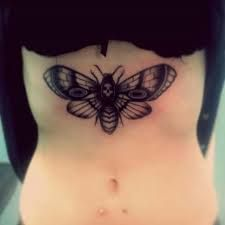What does moth tattoo mean? We have moth tattoo ideas, designs, symbolism and we explain the meaning behind the tattoo. Moth Tattoo Meaning, Tattoos With Meaning, Body Modifications, Animal Tattoos, I Tattoo, Body Art, Piercings, Ink, Artwork