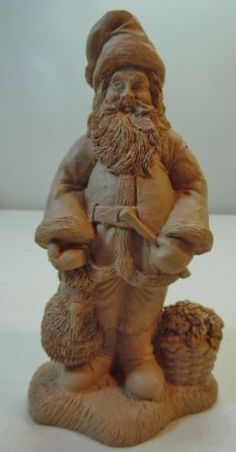 Mexico-Santa-Claus-Figure-Clay-or-Resin-Light-Color-Wood-Look-Textured-Finish