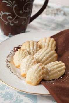 Recipe: French Vanilla Madeleines