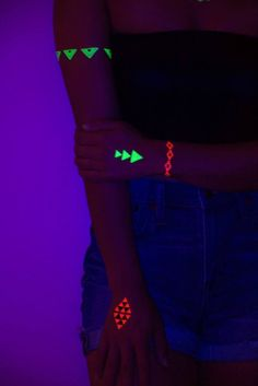 Take your rave game to the next level with our UV Blacklight Activated Glow In The Dark Temporary Tattoos. Glow Stick Wedding, Glow Stick Party, Glow Sticks, Glow Face Paint, Glow Stick Crafts, Glow In Dark Party, Neon Birthday, Birthday Ideas, Full Moon Party